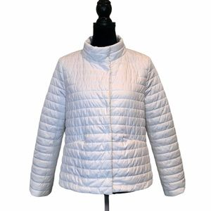 NWT Liz Claiborne white puffer jacket with pockets